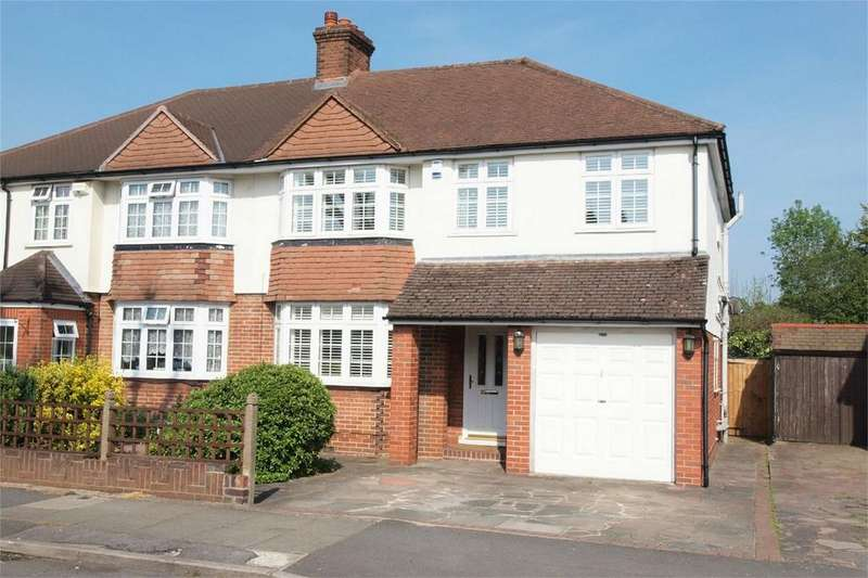 4 Bedrooms Semi Detached House for sale in Bourne Vale, Hayes, Bromley, Kent