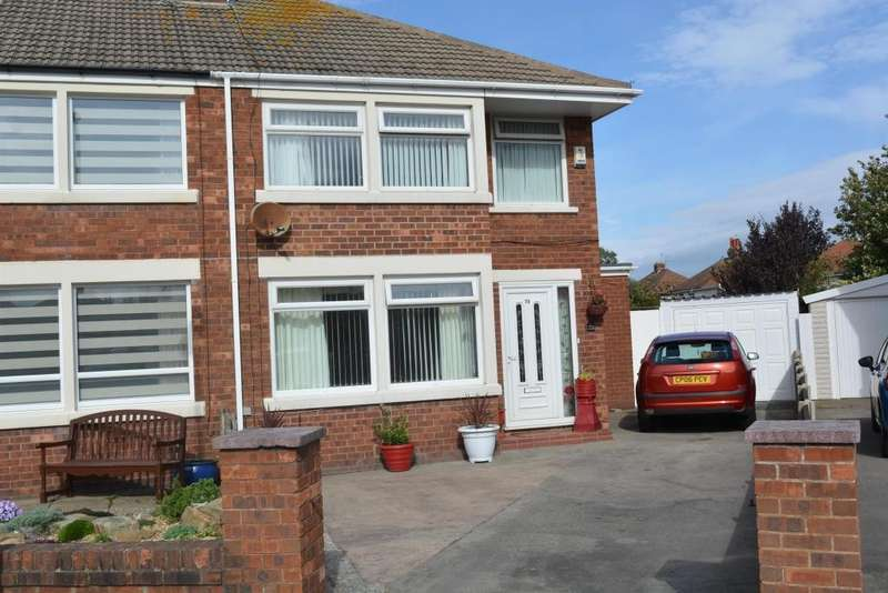 3 Bedrooms Semi Detached House for sale in Helens Close, South Shore