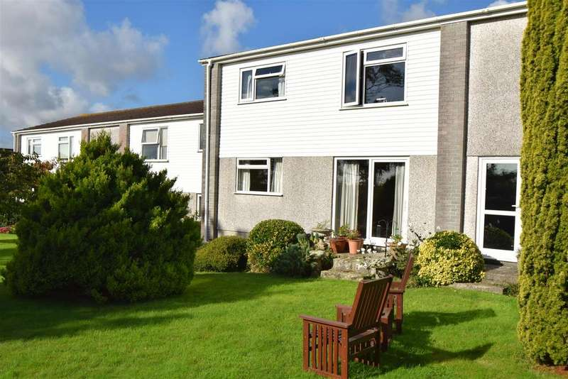 2 Bedrooms Apartment Flat for sale in Penmere Court, Falmouth