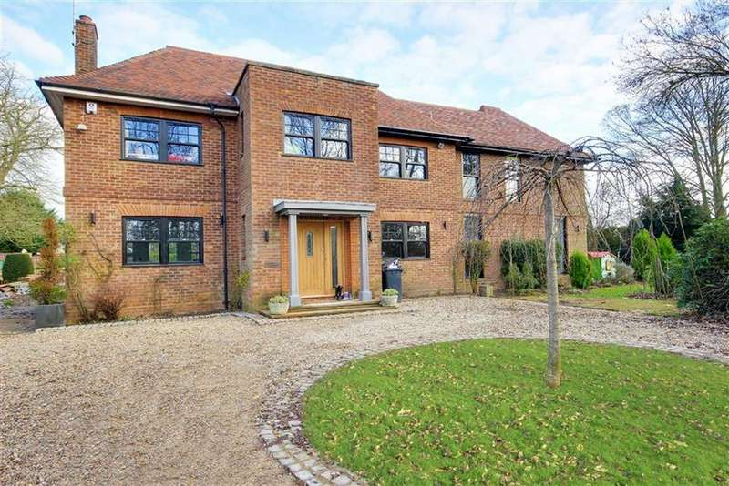5 Bedrooms Detached House for sale in Little Berkhamsted Lane, Hertford