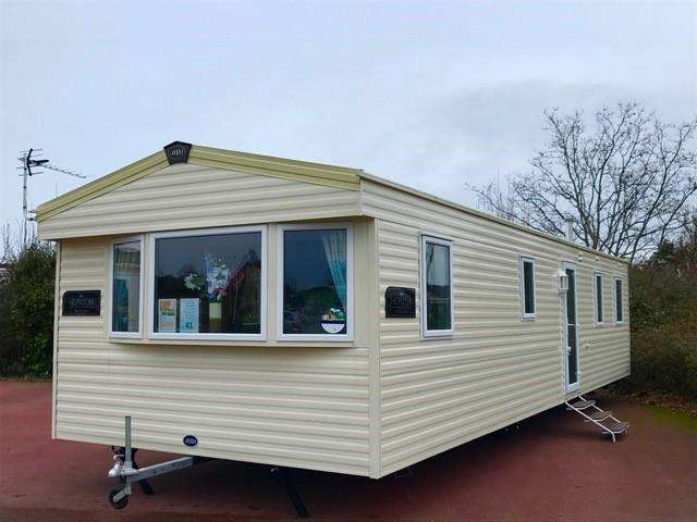 3 Bedrooms Park Home Mobile Home for sale in Church Farm, Pagham