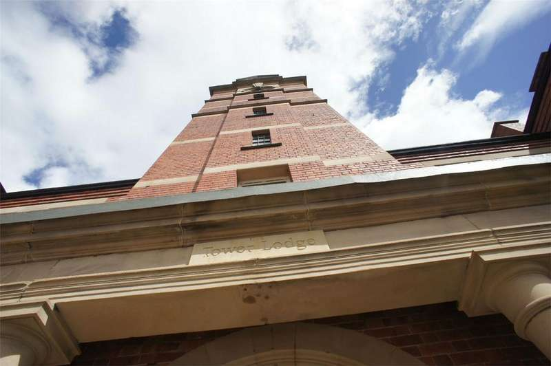 1 Bedroom Flat for sale in Tower Lodge, Clock Tower View, Wordsley, STOURBRIDGE, West Midlands