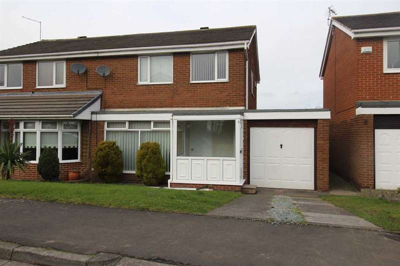 3 Bedrooms Semi Detached House for sale in Nairn Road, Parkside Chase, Cramlington