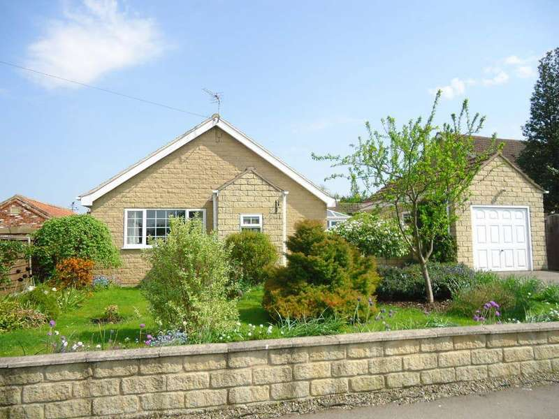 2 Bedrooms Bungalow for sale in West Street, Swinton, Malton