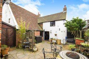 4 Bedrooms Detached House for sale in North End Road, Yapton, Arundel, West Sussex