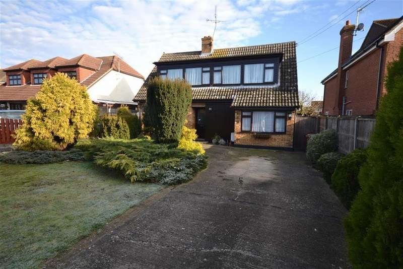 4 Bedrooms Chalet House for sale in Hullbridge Road, South Woodham Ferrers, ESSEX