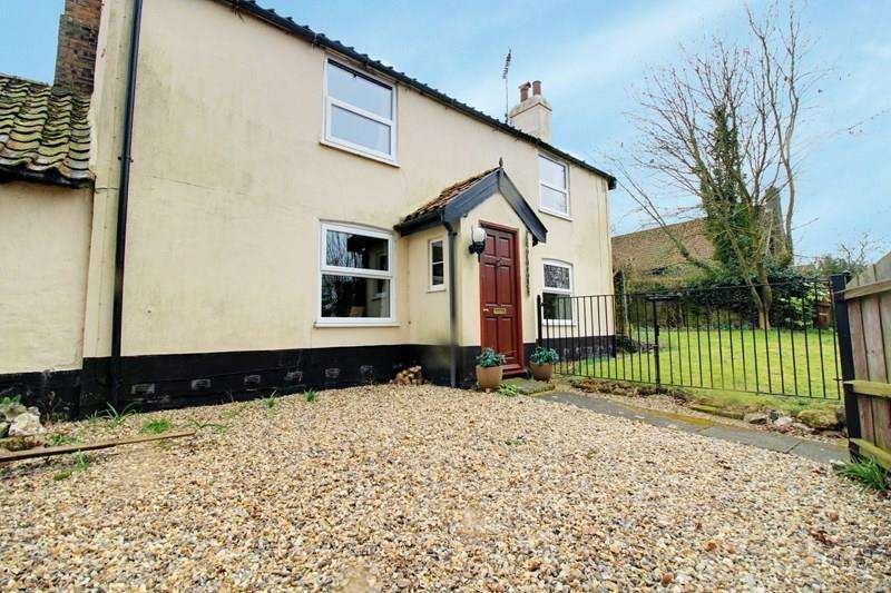 3 Bedrooms Detached House for sale in Barrows Hole Lane, Little Dunham, Kings Lynn