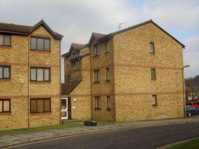 1 Bedroom Flat for sale in Cornmow Drive, Dollis Hill, NW10
