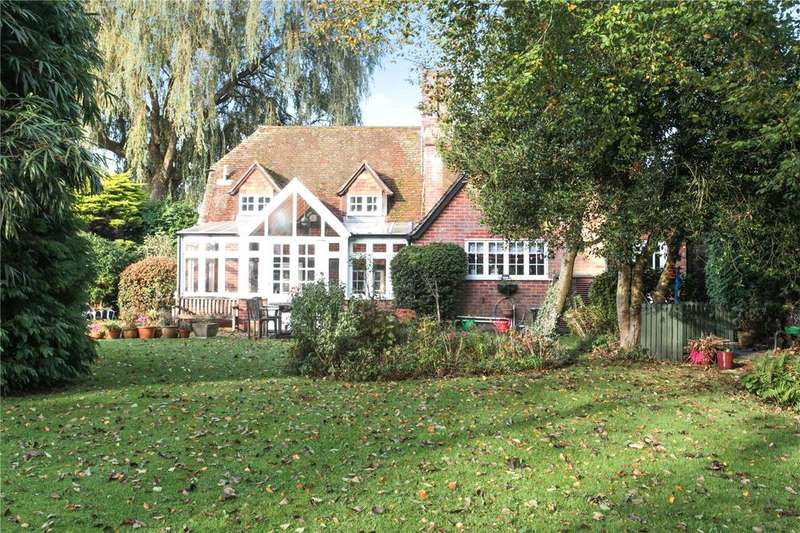 4 Bedrooms Detached House for sale in Salisbury Road, Breamore, Fordingbridge, Hampshire