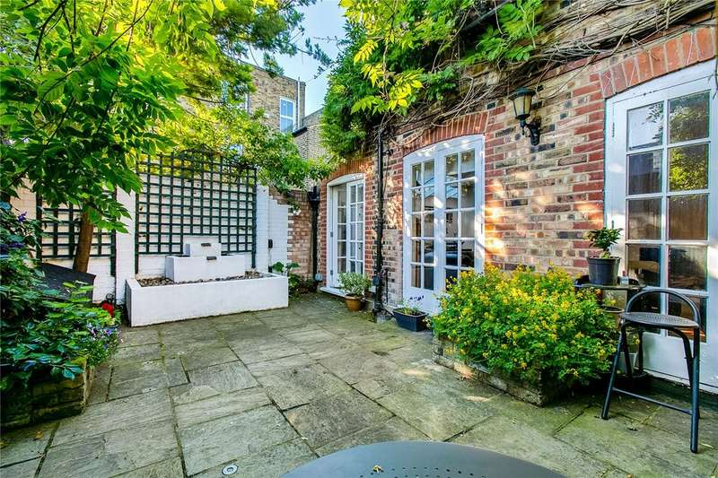 2 Bedrooms Detached House for sale in Winfrith Road, Earlsfield, London