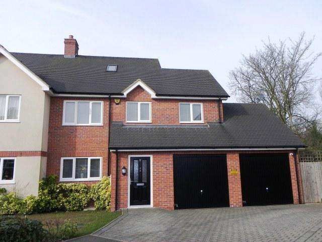 5 Bedrooms Semi Detached House for sale in Wheatmore Grove,Sutton Coldfield,West Midlands