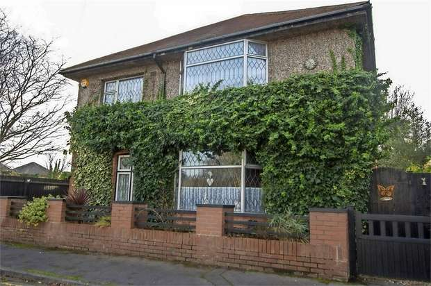 4 Bedrooms Detached House for sale in St Ledgers Road, Bournemouth, Dorset
