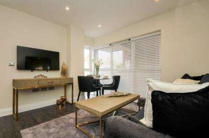 1 Bedroom Flat for sale in CHAUCER COURT, 2C Southlands Road, Bromley