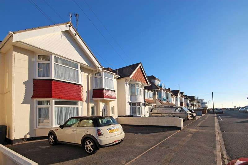 2 Bedrooms Flat for sale in Seaward Avenue, Southbourne, Bournemouth