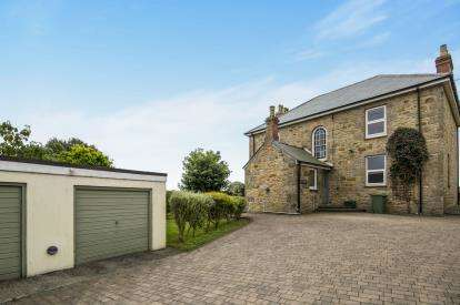 4 Bedrooms Detached House for sale in Marazion, Cornwall