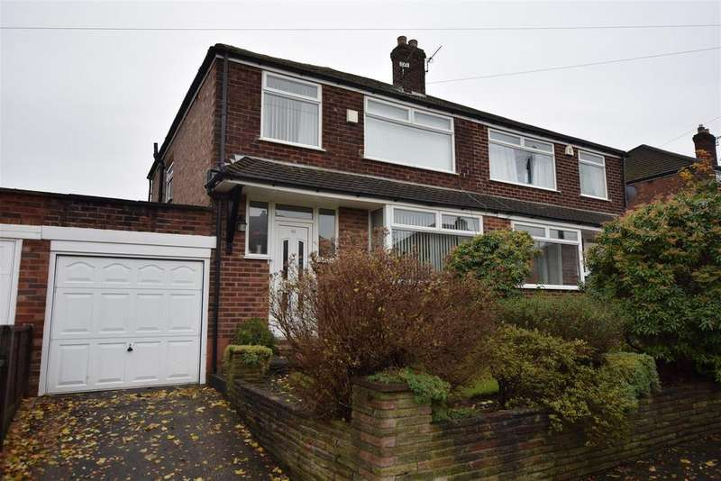 3 Bedrooms Semi Detached House for sale in Penrhyn Avenue, Alkrington, Middleton