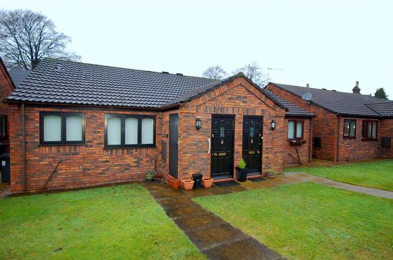 2 Bedrooms Semi Detached Bungalow for sale in Ashmead Close, Alsager