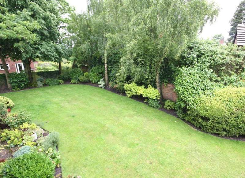 1 Bedroom Retirement Property for sale in Cromwell Court, Nantwich
