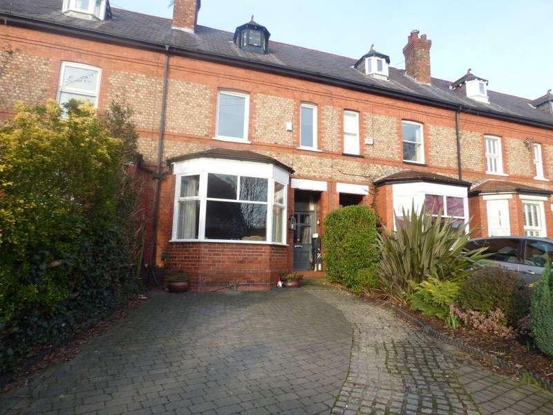 4 Bedrooms House for rent in Grange Lane, Didsbury, M20 6RW