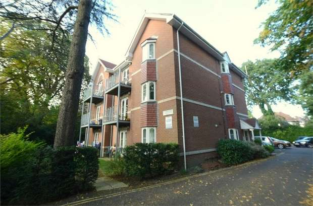 2 Bedrooms Flat for sale in Wellington Road, Bournemouth, Dorset