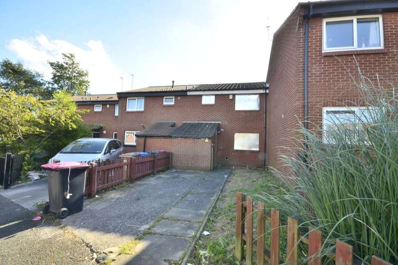 3 Bedrooms Property for sale in Chedworth Crescent, Little Hulton, Manchester, M38