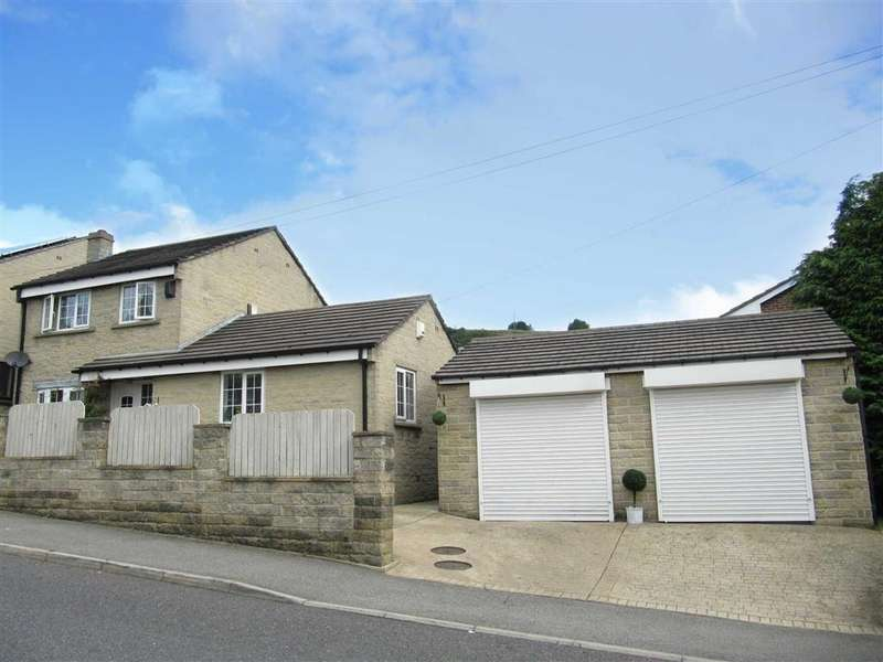 4 Bedrooms Detached House for sale in Swallow Lane, Golcar, Huddersfield, HD7