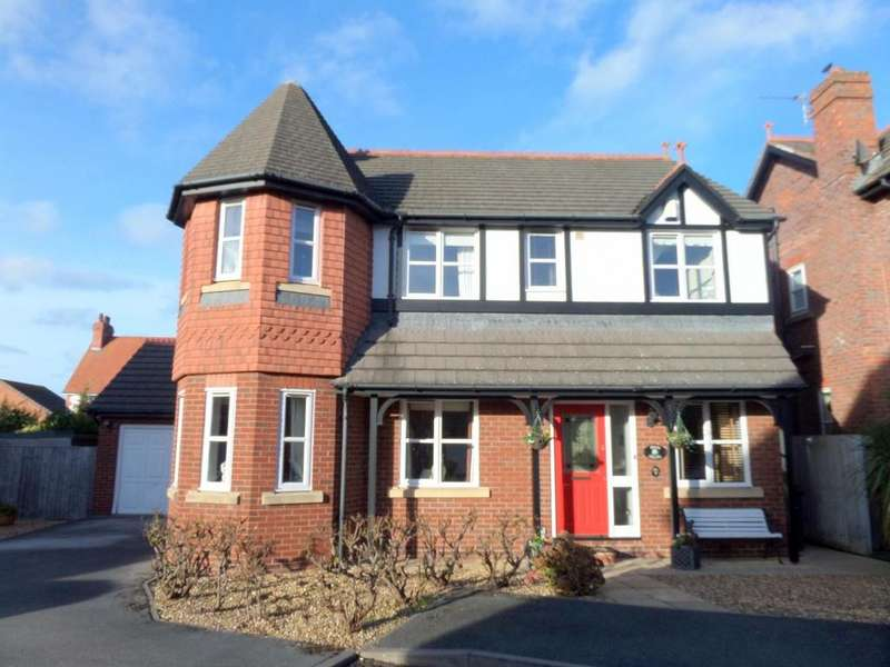 4 Bedrooms Detached House for sale in Albert Gardens, Llandudno