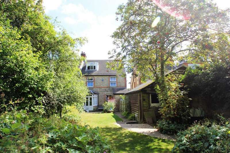 5 Bedrooms Semi Detached House for sale in Bower Mount Road, Maidstone