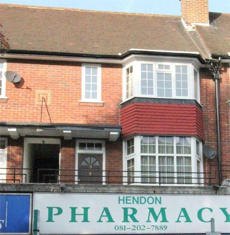 2 Bedrooms Flat for sale in Vivian Avenue, London