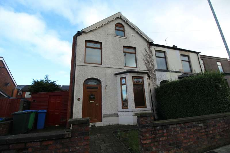 4 Bedrooms Semi Detached House for sale in Green Lane, Heywood, OL10
