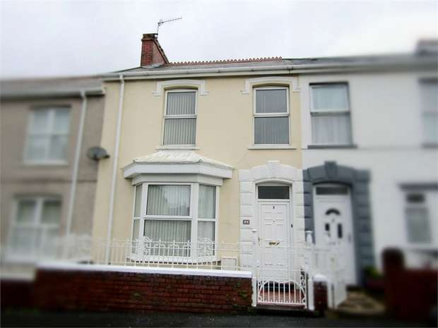 3 Bedrooms Terraced House for sale in Bradford Street, Llanelli, Carmarthenshire