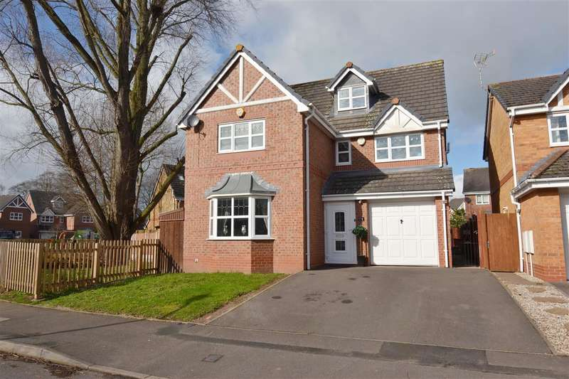 4 Bedrooms Detached House for sale in Old School Drive, Stafford