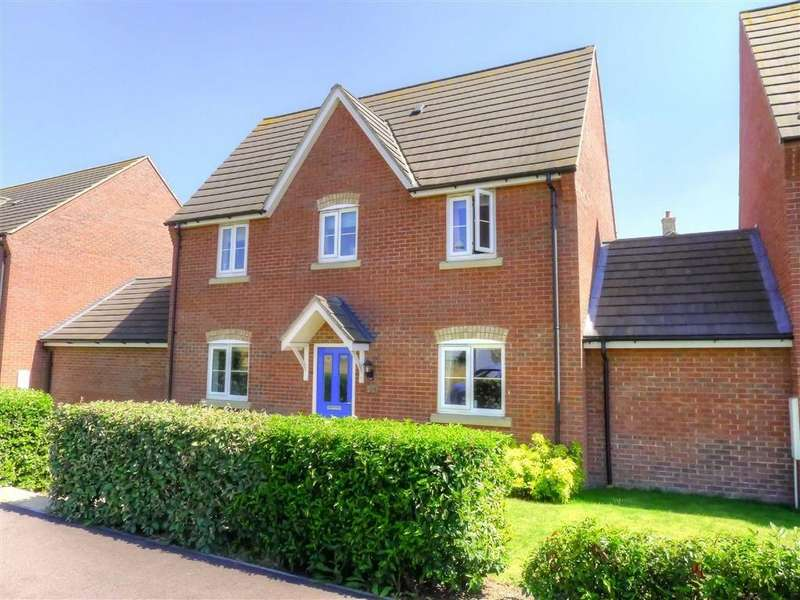 3 Bedrooms Link Detached House for sale in Mitchcroft Road, Longstanton, Cambridge