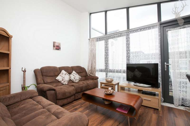 3 Bedrooms Flat for rent in Emerald Court, Beale Place, Bow, E3