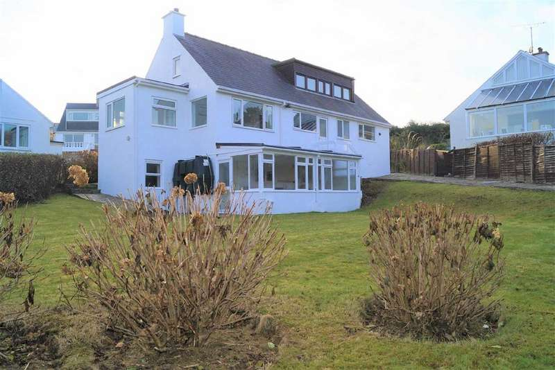 5 Bedrooms Detached House for sale in Cae Pin Estate, Abersoch