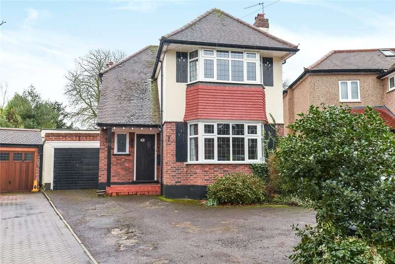 4 Bedrooms House for sale in Moat Drive, Ruislip, Middlesex, HA4