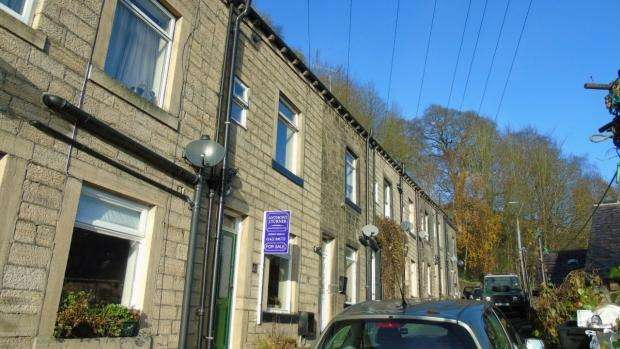 3 Bedrooms Terraced House for sale in Royd Terrace Hebden Bridge
