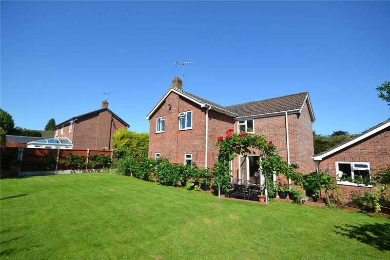 5 Bedrooms Detached House for sale in Tidworth Road, Allington, Salisbury