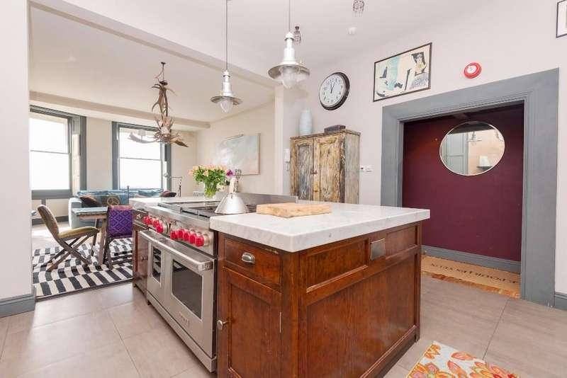 3 Bedrooms Apartment Flat for rent in Marine Parade, Brighton, BN2