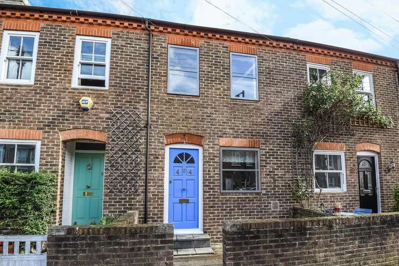 3 Bedrooms Terraced House for sale in Sefton Street, Putney, SW15