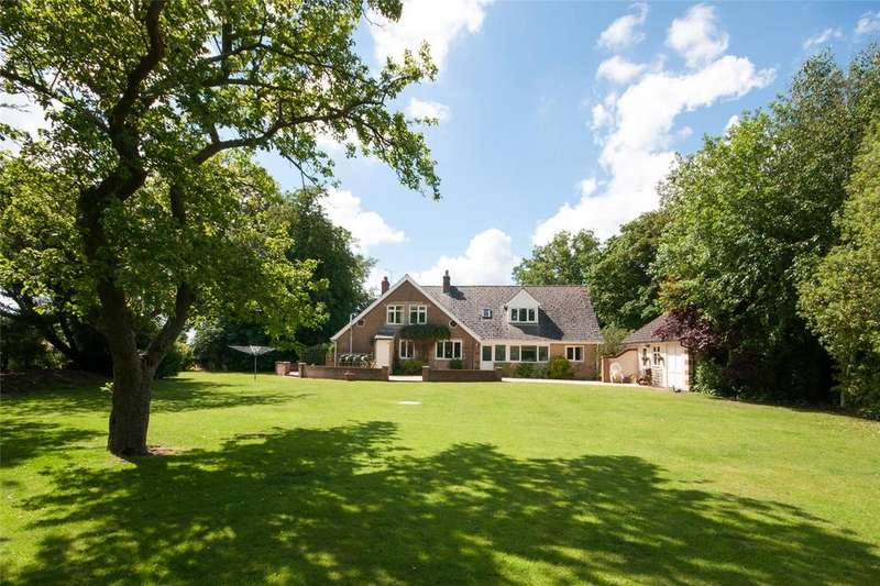 6 Bedrooms Bungalow for sale in Hickling Road, Sutton, Norfolk, NR12