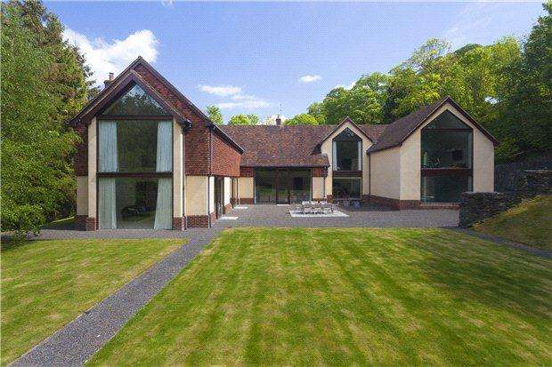 5 Bedrooms Detached House for sale in Taylors Hill, Chilham, Canterbury, Kent