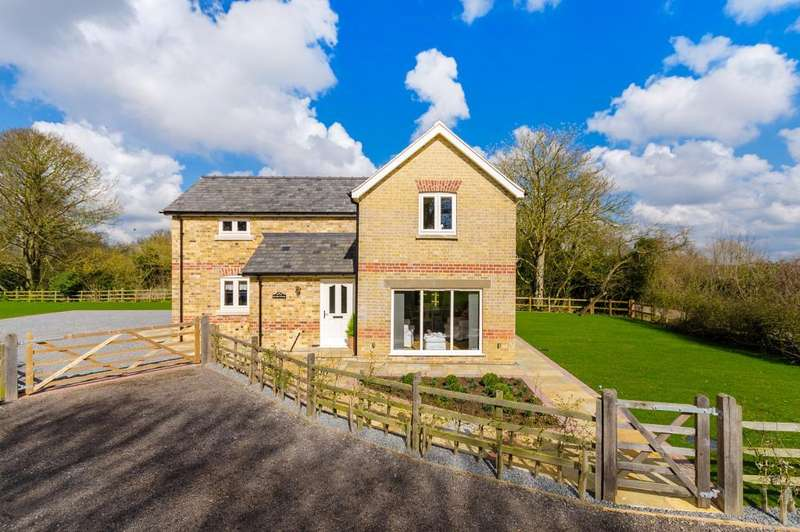 3 Bedrooms Detached House for sale in Evedon Road, Kirkby-la-Thorpe, Sleaford, Lincolnshire, NG34