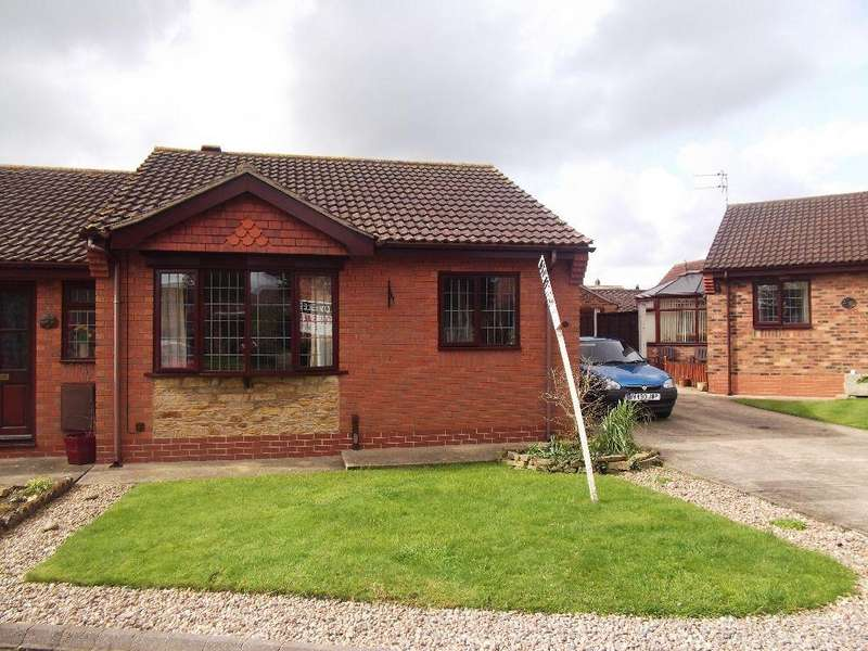 2 Bedrooms Semi Detached Bungalow for sale in Hadleigh Green, Burringham, Scunthorpe