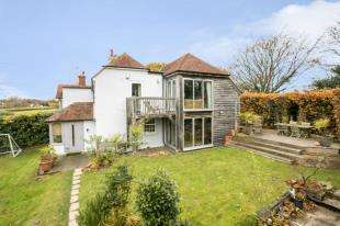 4 Bedrooms Semi Detached House for sale in Cottenden Road, Stonegate, Wadhurst, East Sussex