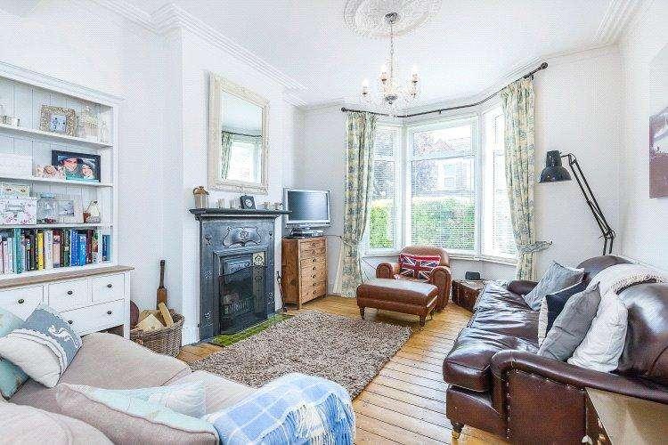 4 Bedrooms Terraced House for sale in Revelon Road, London, SE4