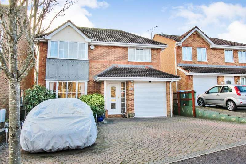 4 Bedrooms Detached House for sale in Hispano Avenue, Whiteley, Fareham