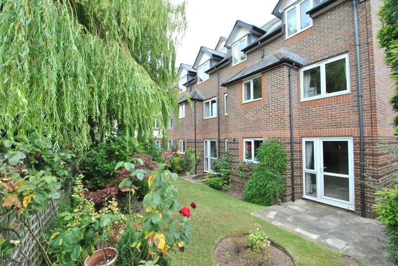 1 Bedroom Apartment Flat for sale in Millbridge Gardens, Minehead