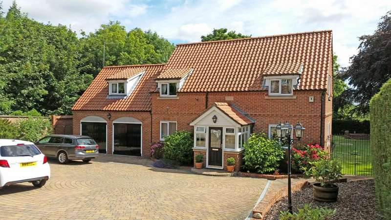 4 Bedrooms Detached House for sale in Thorpe Mews, High Street, Norton, TS20