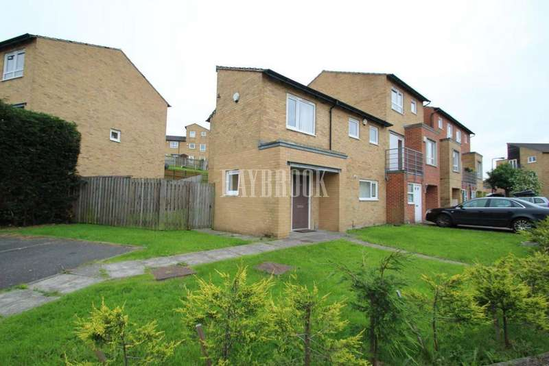 3 Bedrooms Semi Detached House for sale in Park Grange Court, Norfolk Park, S2